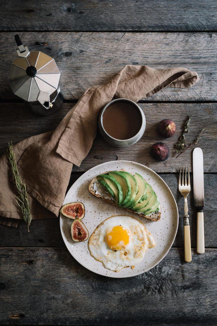 Fried egg, Food, Tableware, Dishware, Drinkware, Plate, Cup, Serveware, Ingredient, Recipe