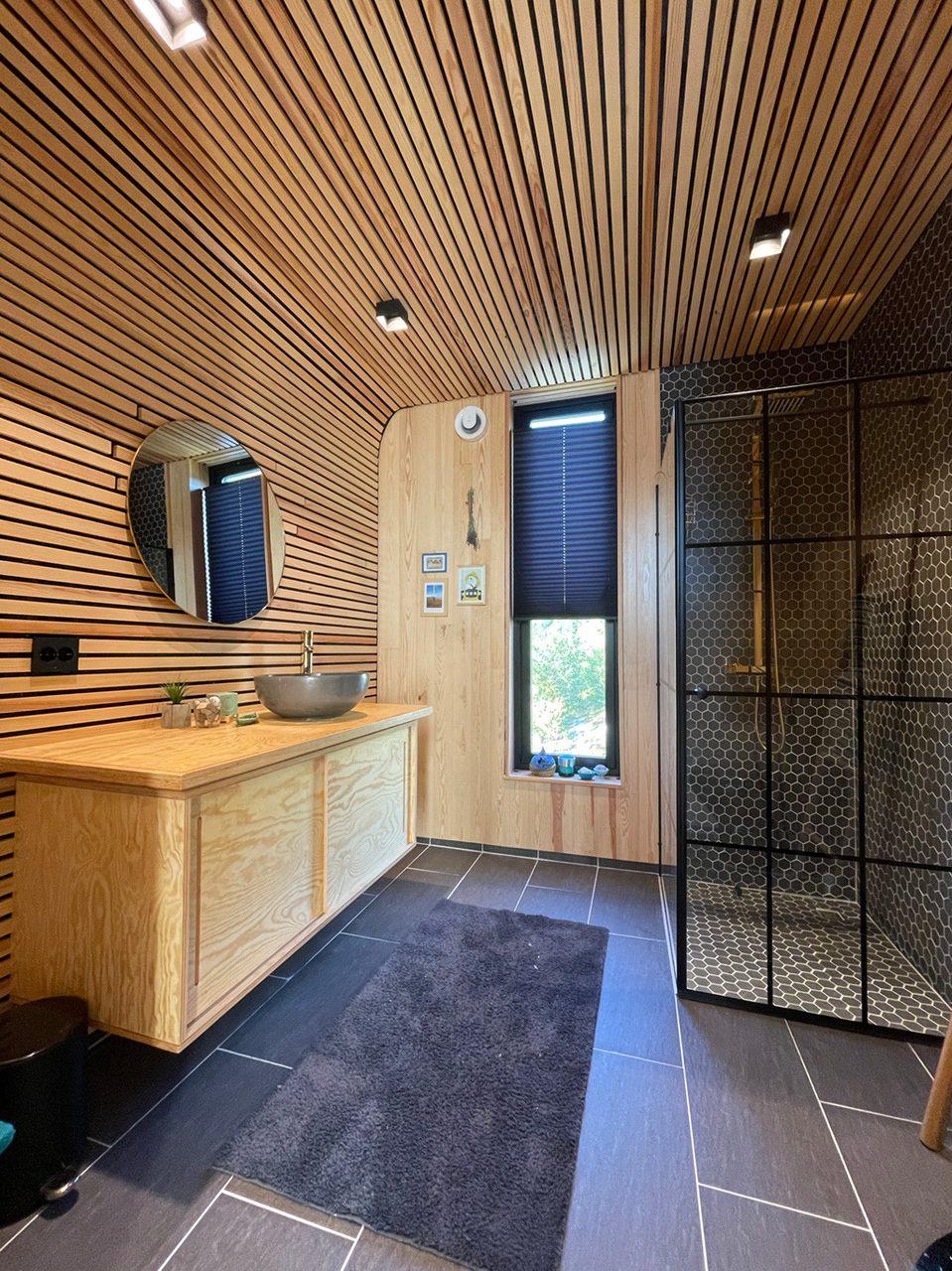 Interior design, Plumbing fixture, Cabinetry, Wood, Door, Flooring, Countertop, Building, Floor, Hall