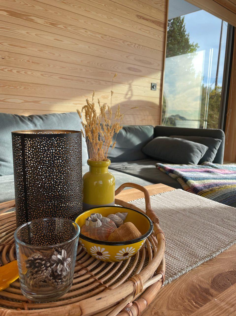Interior design, Tableware, Textile, Wood, Vase, Comfort, Table, Serveware, Drinkware, Dishware