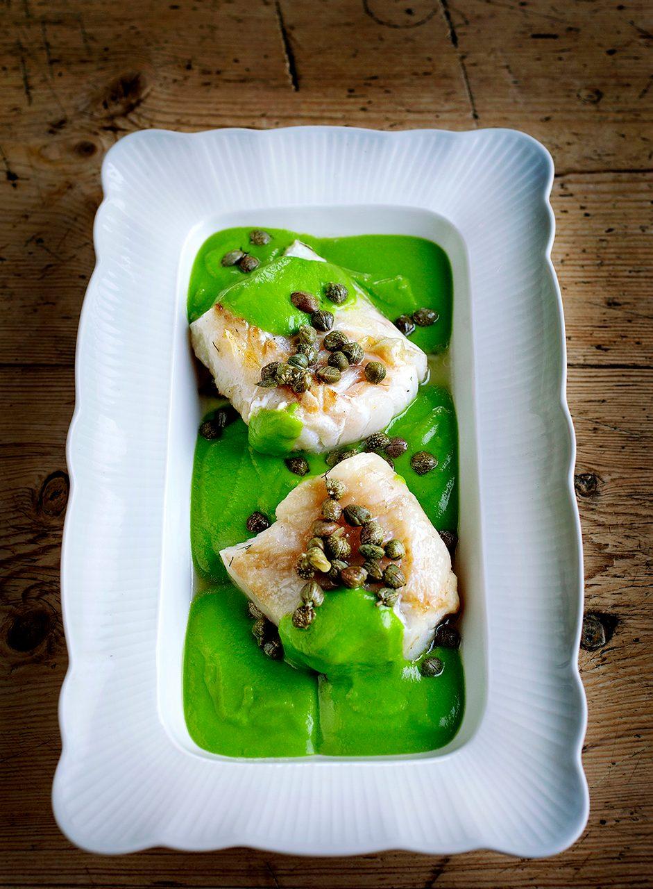 Leaf vegetable, Food, Tableware, Ingredient, Dishware, Recipe, Cuisine, Plate, Dish