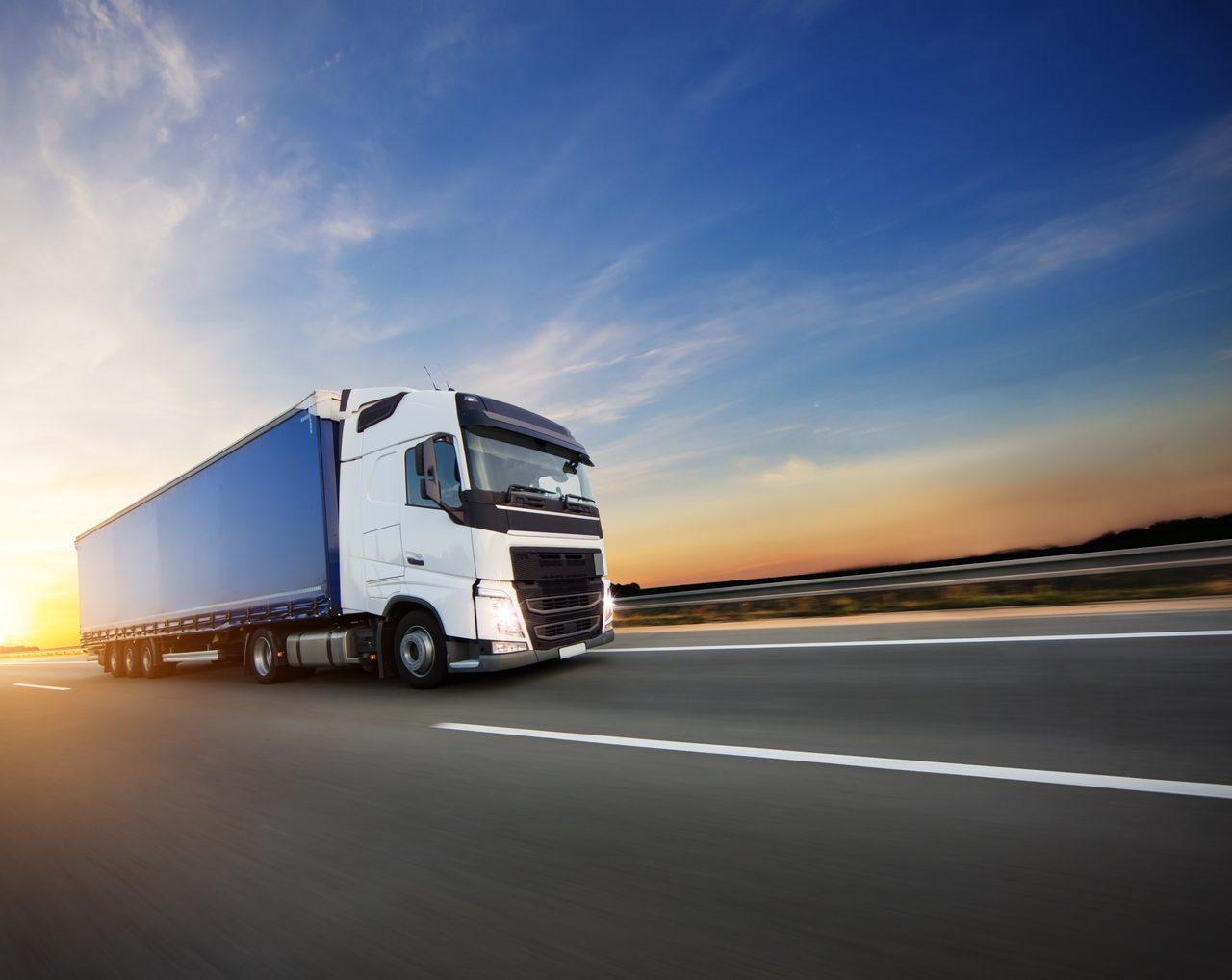 Automotive side-view mirror, Land vehicle, Cloud, Sky, Tire, Wheel, Truck