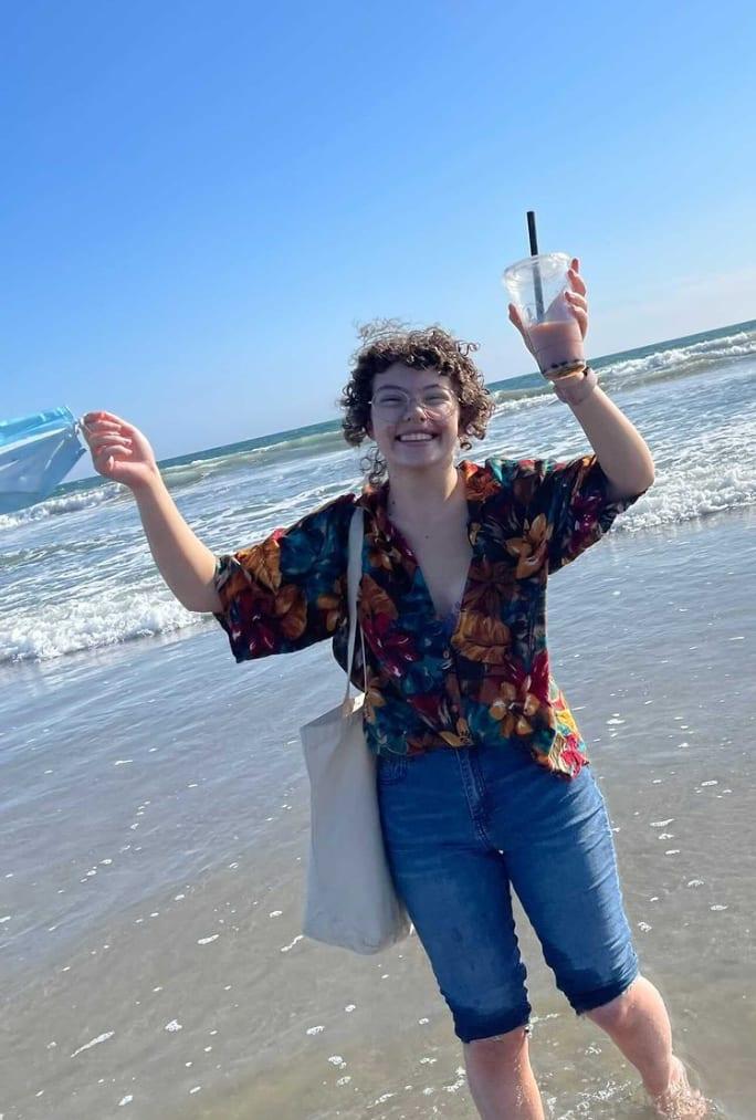 People in nature, Water, Sky, Smile, Sleeve, Beach, Happy, Standing, Gesture