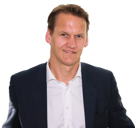 Dress shirt, Forehead, Smile, Chin, Sleeve, Coat, Gesture, Collar, Suit
