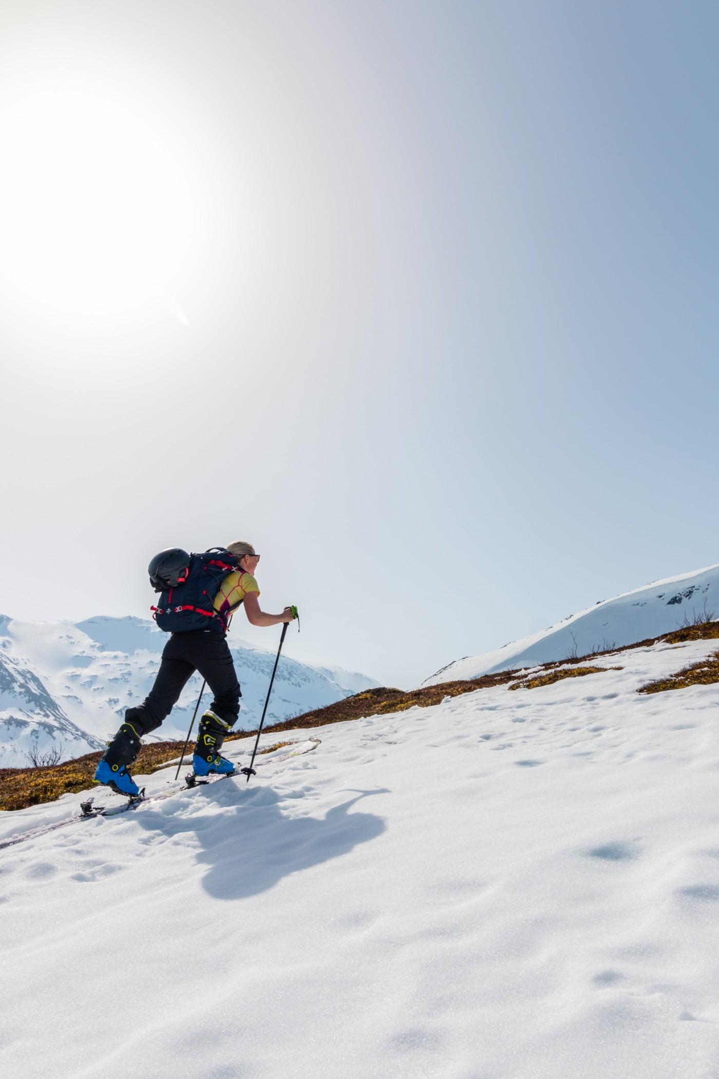 Outdoor recreation, Ski pole, Glacial landform, Winter sport, Sports equipment, Skier, Slope