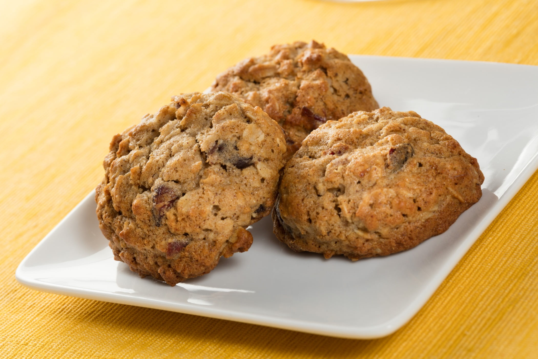 Cookies and crackers, Baked goods, Finger food, Cookie, Cooking, Snack, Dish, Cuisine, Dessert