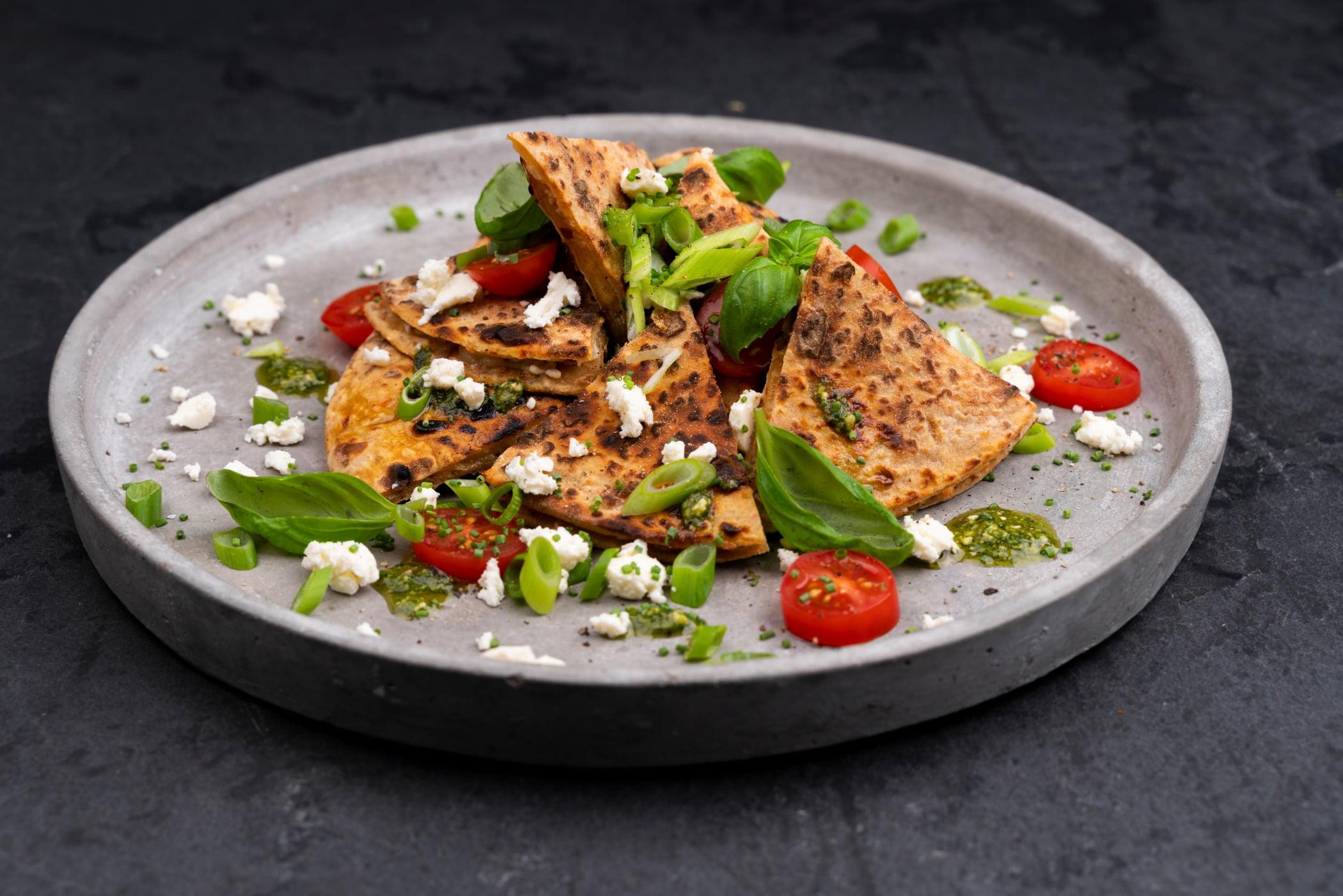 Fines herbes, Leaf vegetable, Food, Tableware, Ingredient, Recipe, Dishware, Cuisine
