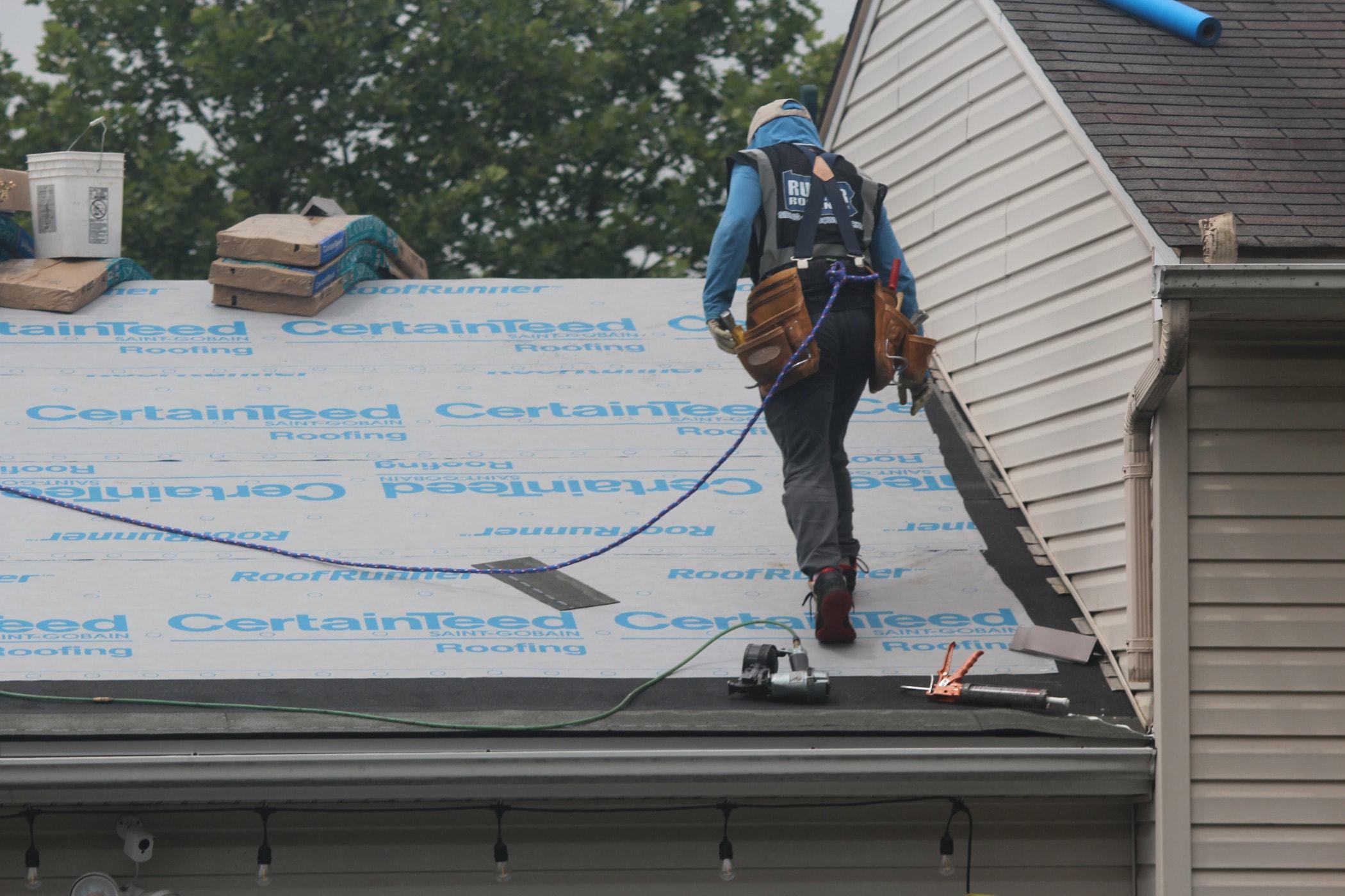 Siding, Roofer, Roof