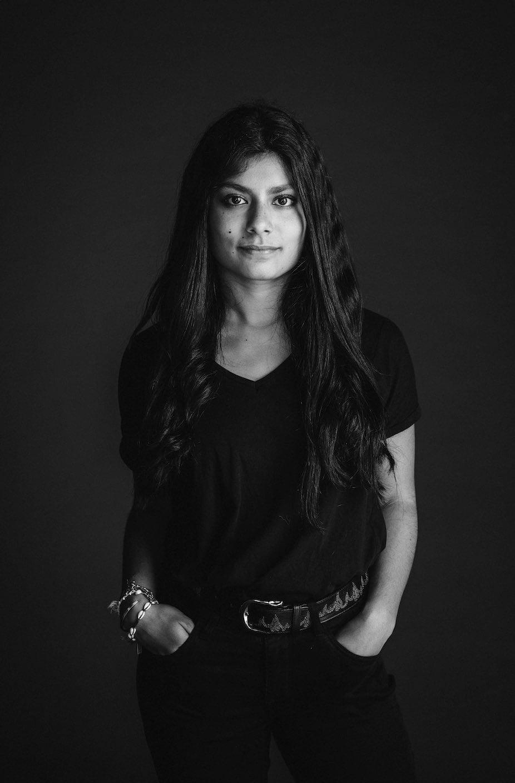 Black hair, Monochrome photography, Black-and-white, Iris, Elbow, Style, Jewellery, Sleeve