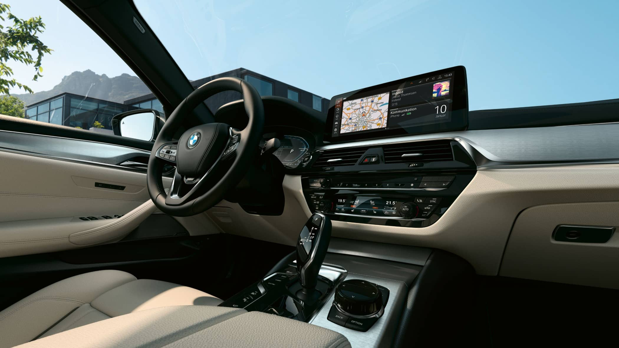Personal luxury car, Steering wheel, Motor vehicle, Center console, Bmw