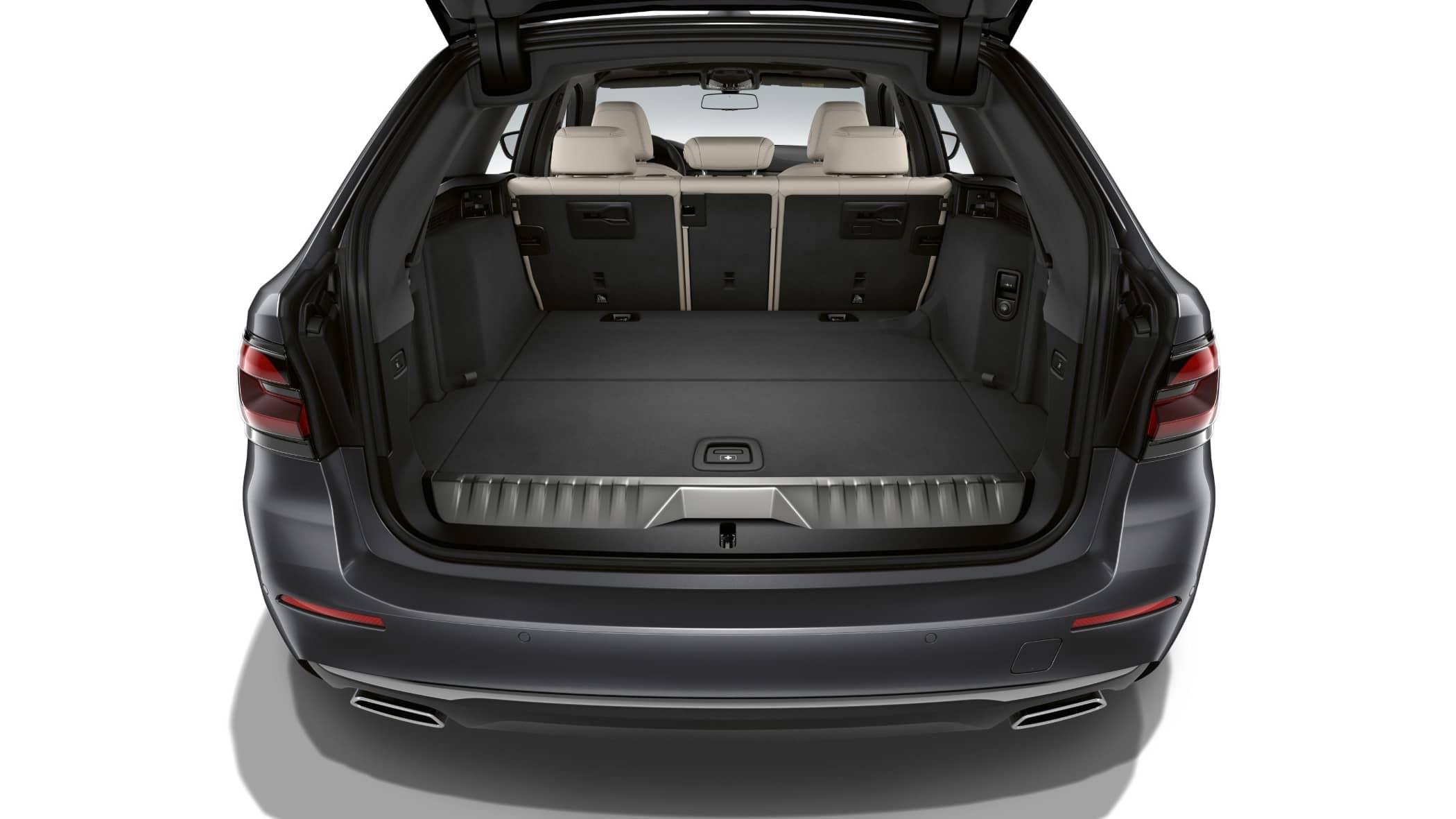 Personal luxury car, Automotive design, Land vehicle, Trunk