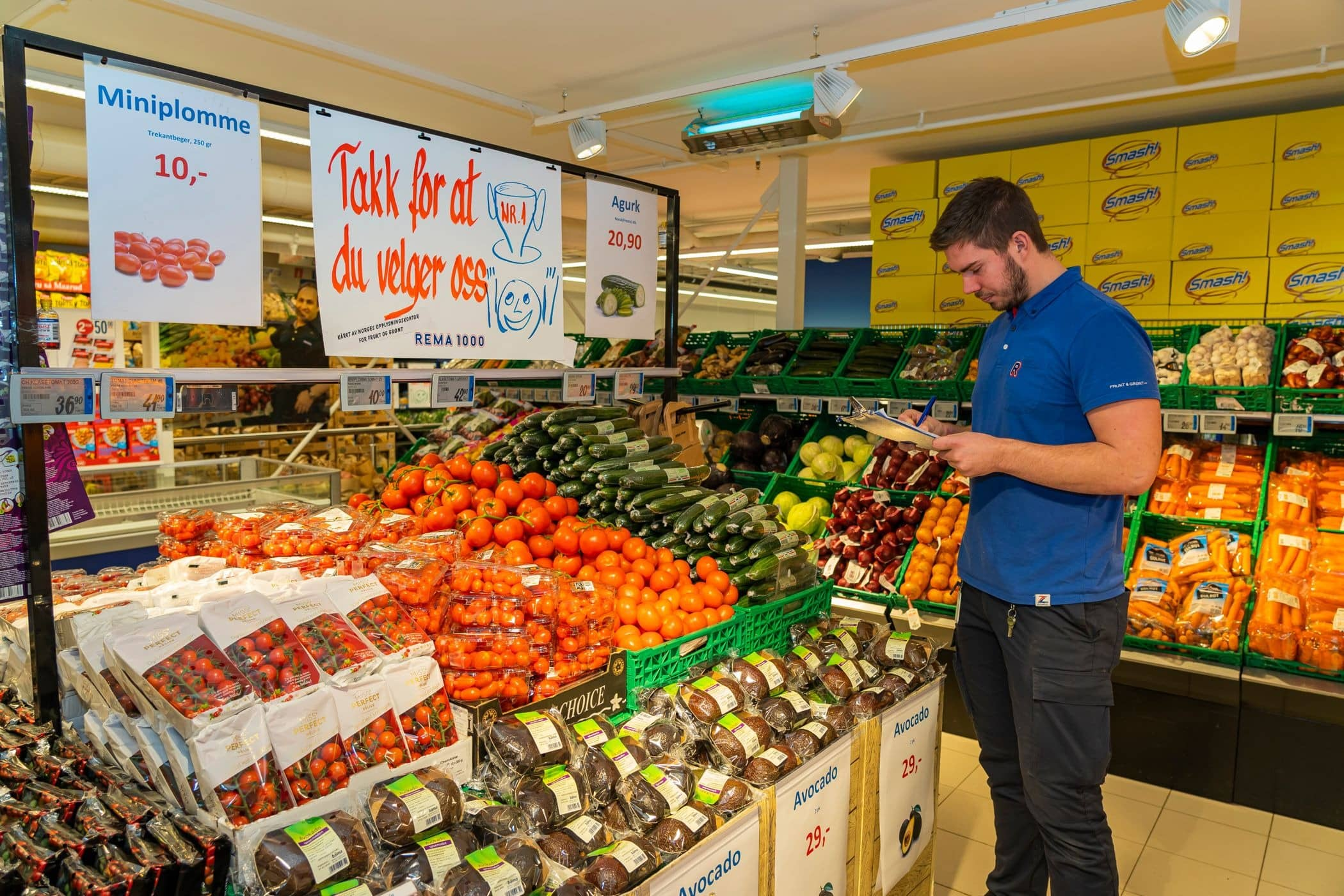 Convenience food, Grocery store, Natural foods, Trade, Marketplace, Retail, Selling, Supermarket