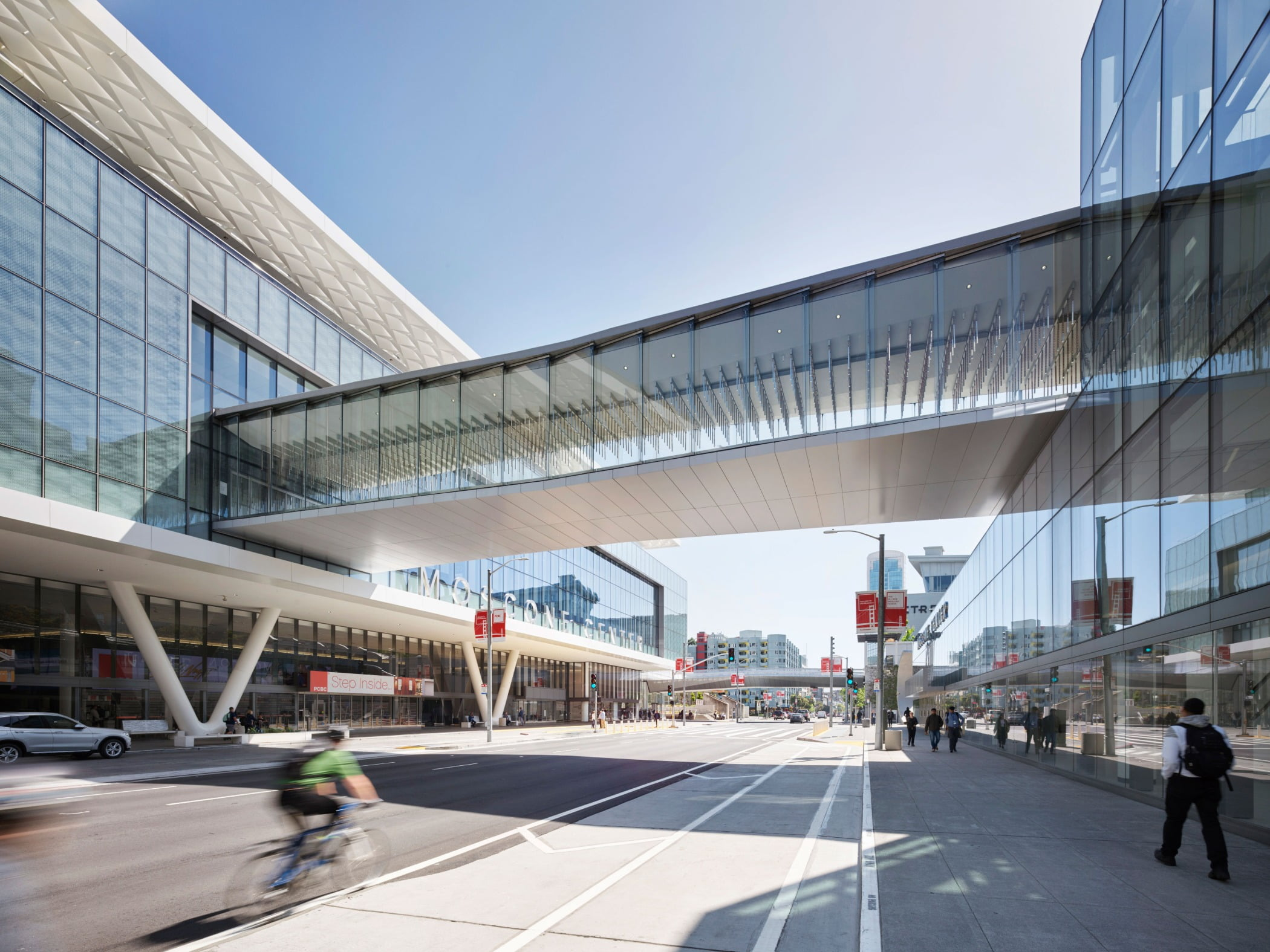 Metropolitan area, Skyway, Building, Architecture