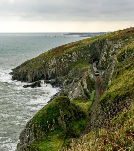 Coastal and oceanic landforms, Raised beach, Natural landscape, Sea, Promontory, Shore, Klippe, Headland, Cliff, Coast