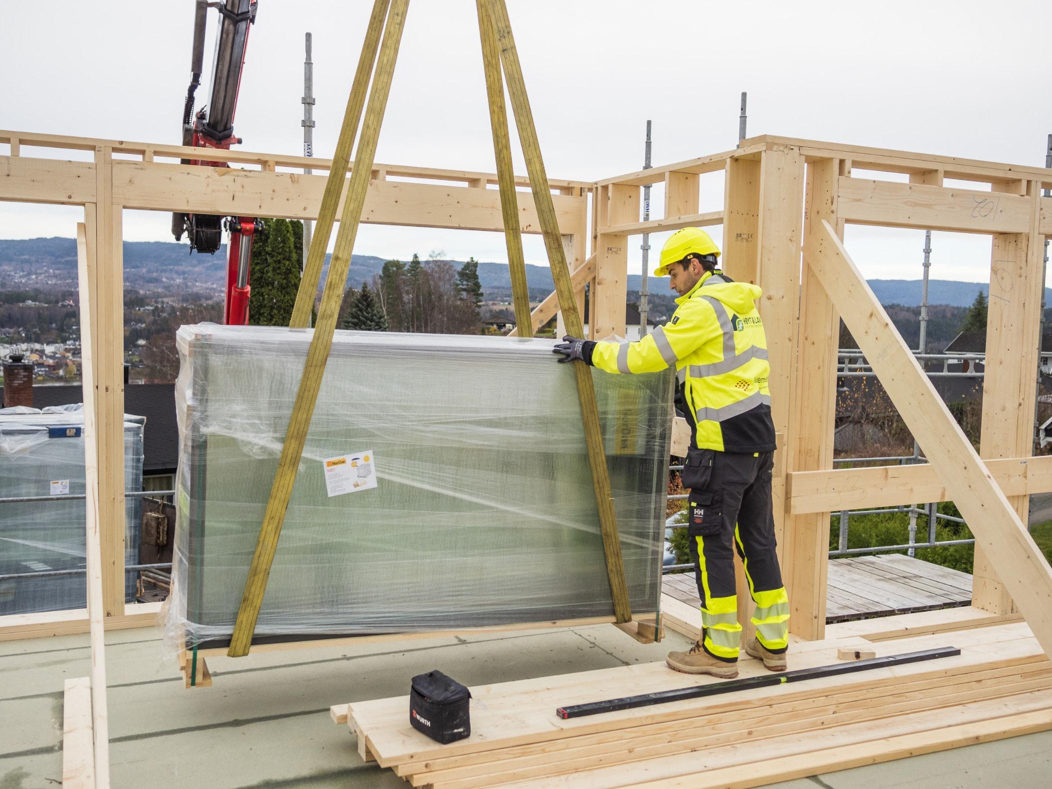 Construction worker, Wall, Carpenter