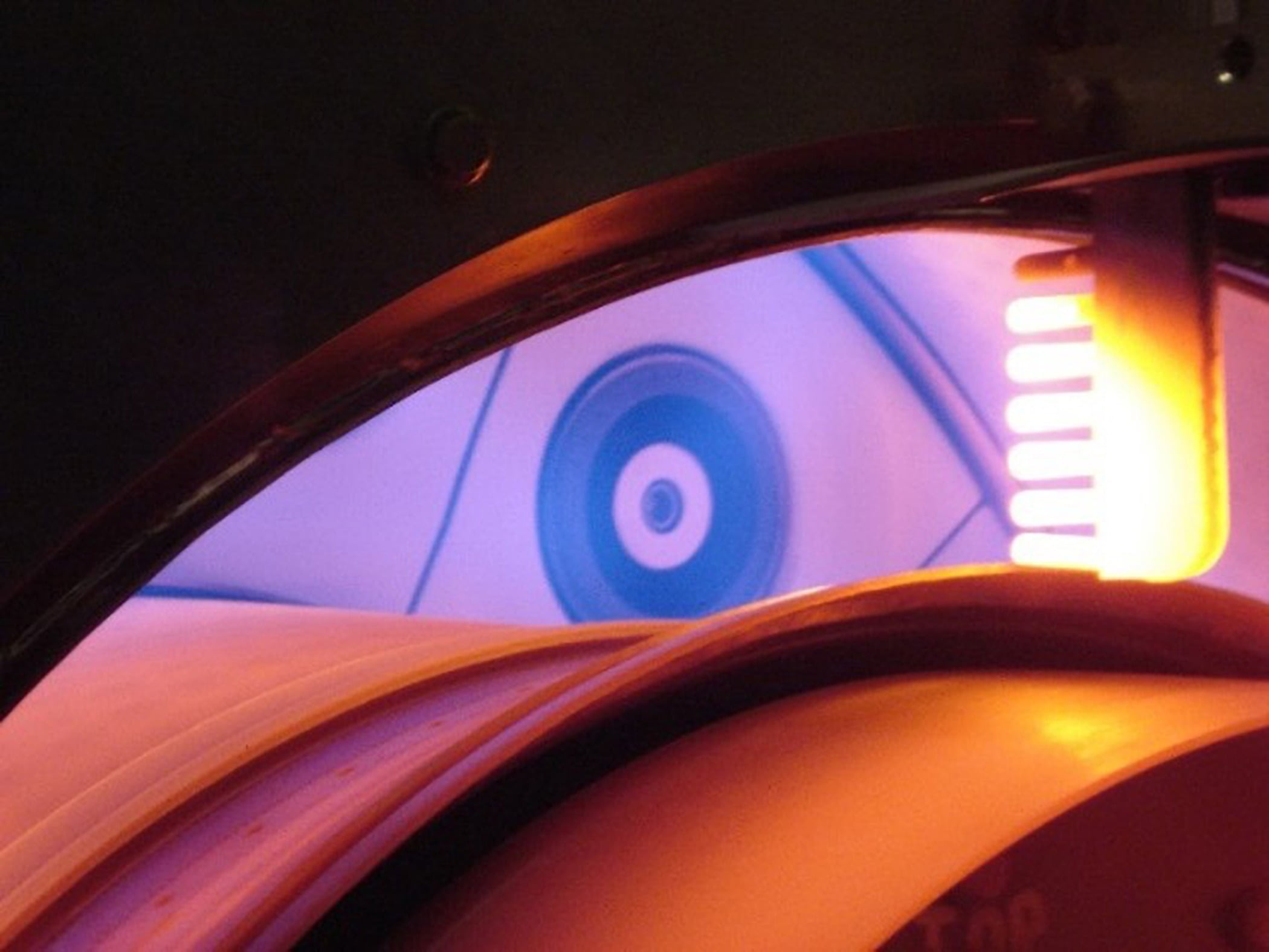 Automotive lighting, Amber, Wood