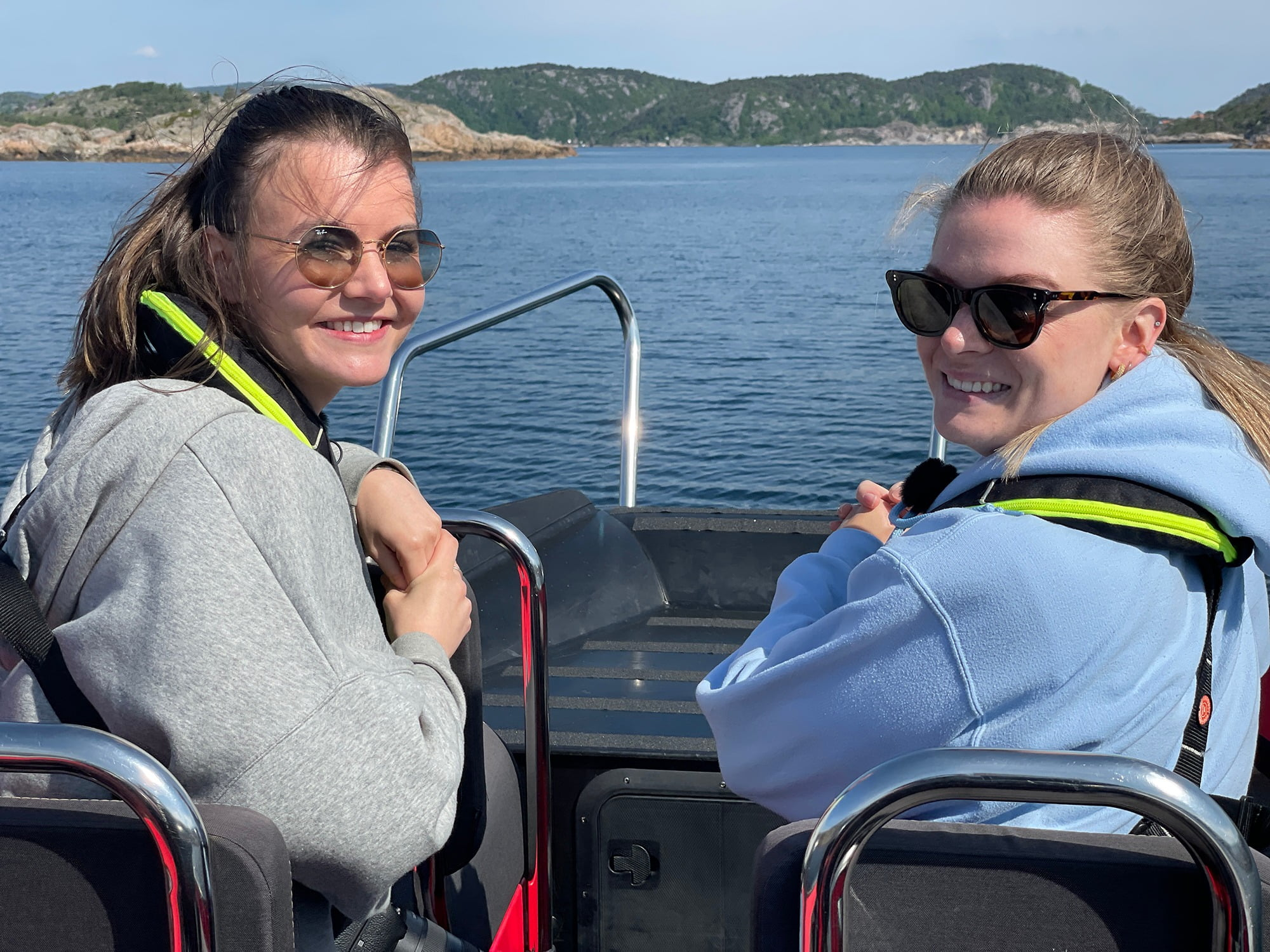 Boats and boating--Equipment and supplies, Water, Smile, Glasses, Sky, Sunglasses, Watercraft, Lake, Travel, Goggles
