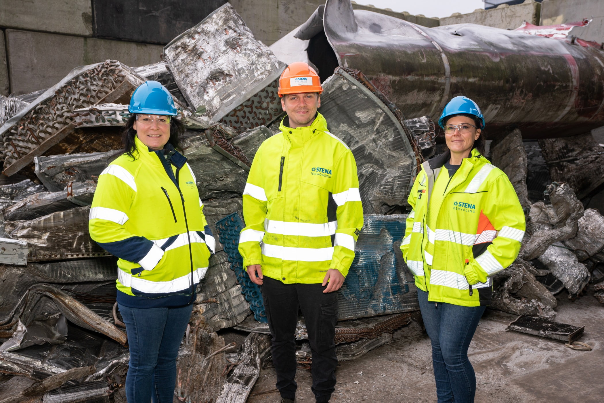 Hard hat, High-visibility clothing, Trousers, Helmet, Jeans, Workwear, Outerwear, Smile, Tradesman, Infrastructure
