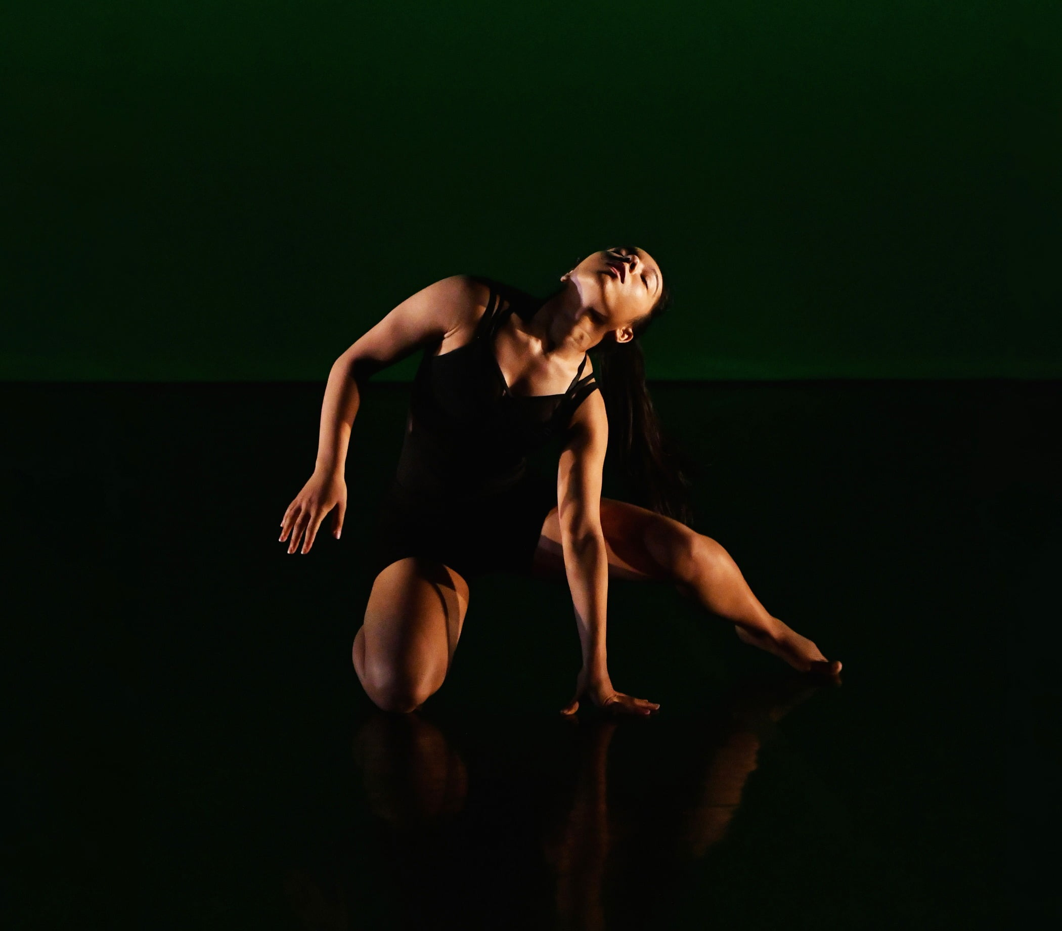Athletic dance move, Performing arts, Entertainment, Sportswear