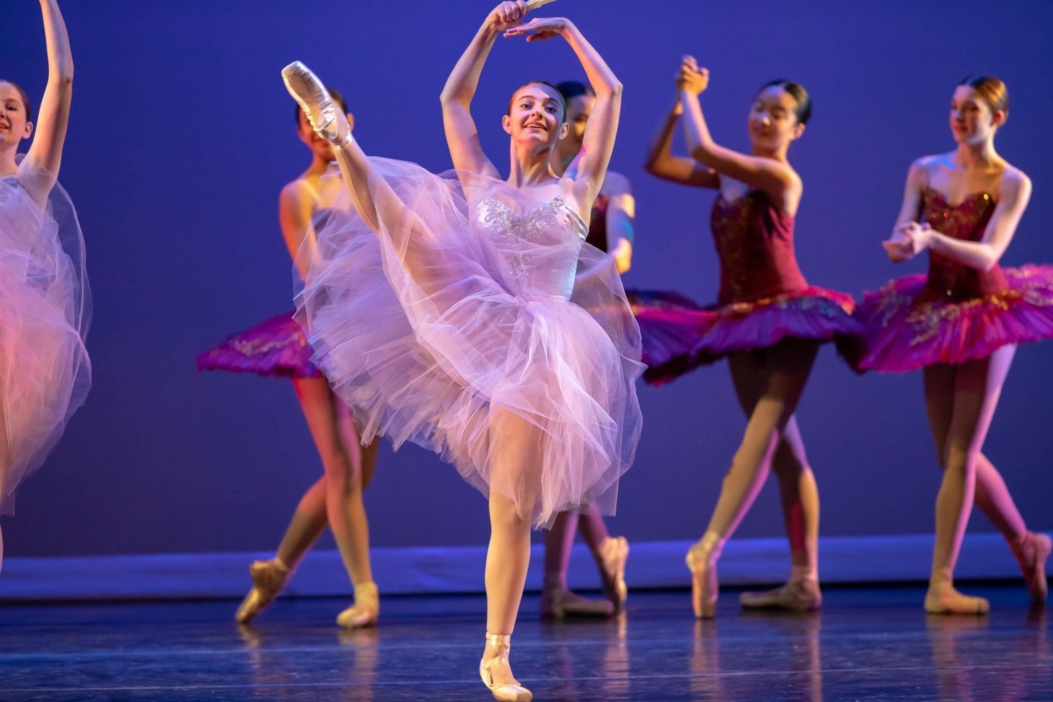 Ballet shoe, Performing arts, Clothing, Dance, Entertainment