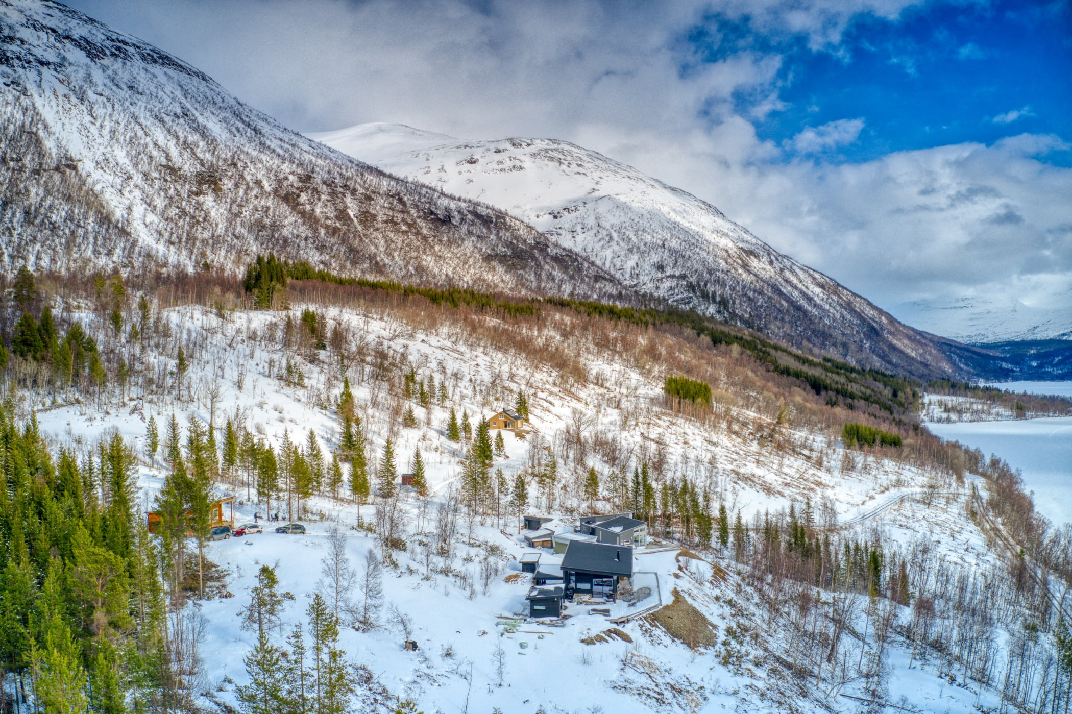 Natural landscape, Ice cap, Cloud, Sky, Snow, Mountain, Nature, Slope, Highland, Terrain