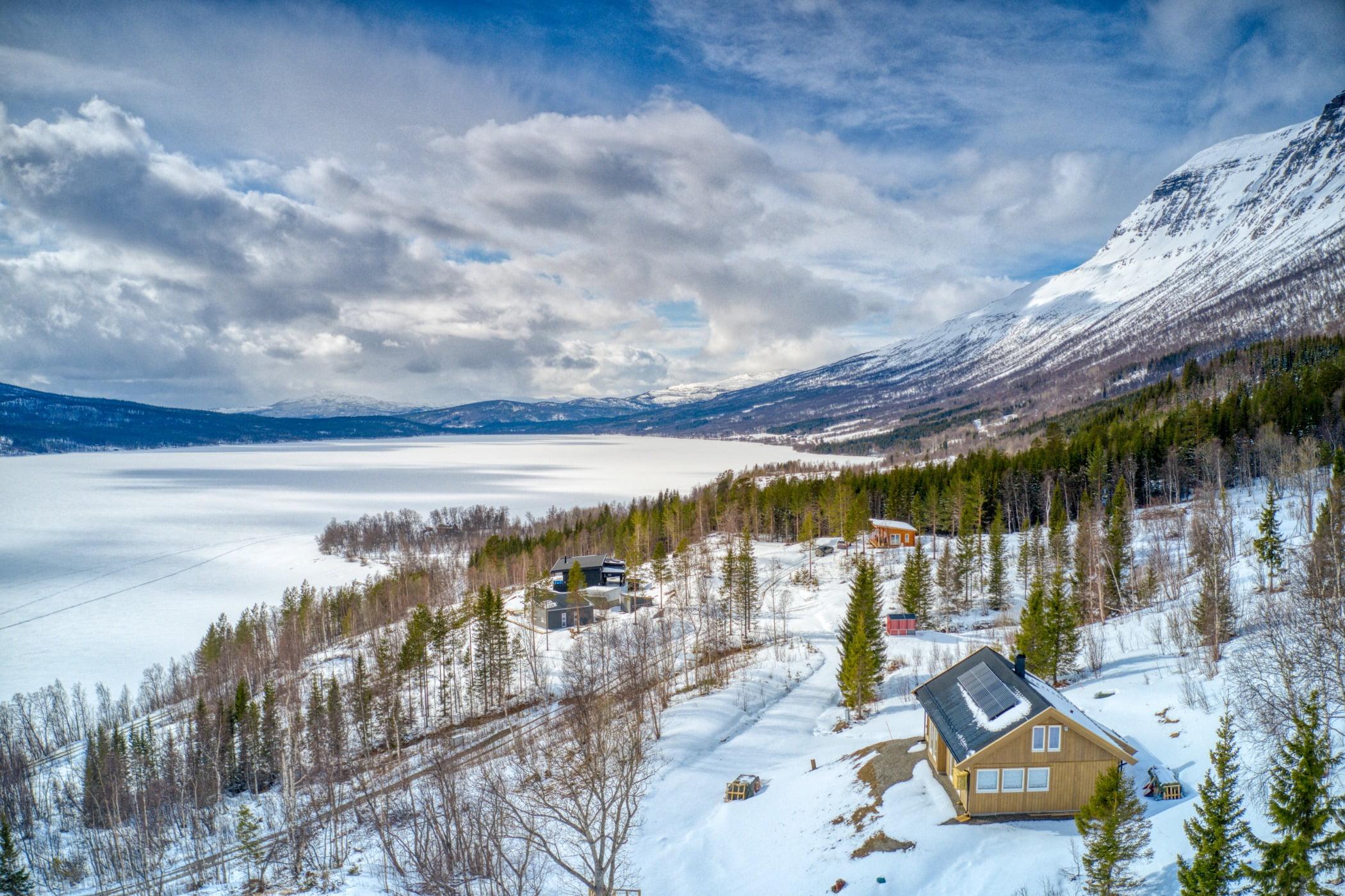 Natural landscape, Cloud, Sky, Snow, Mountain, Nature, Slope, Highland, Freezing, Tree