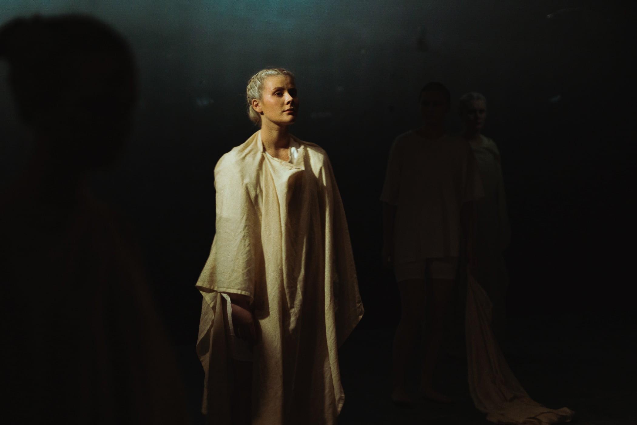 Scene, Drama, Darkness, Standing