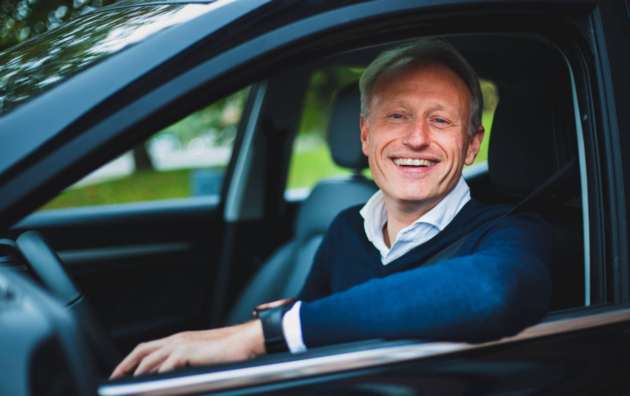 Vehicle door, Driving