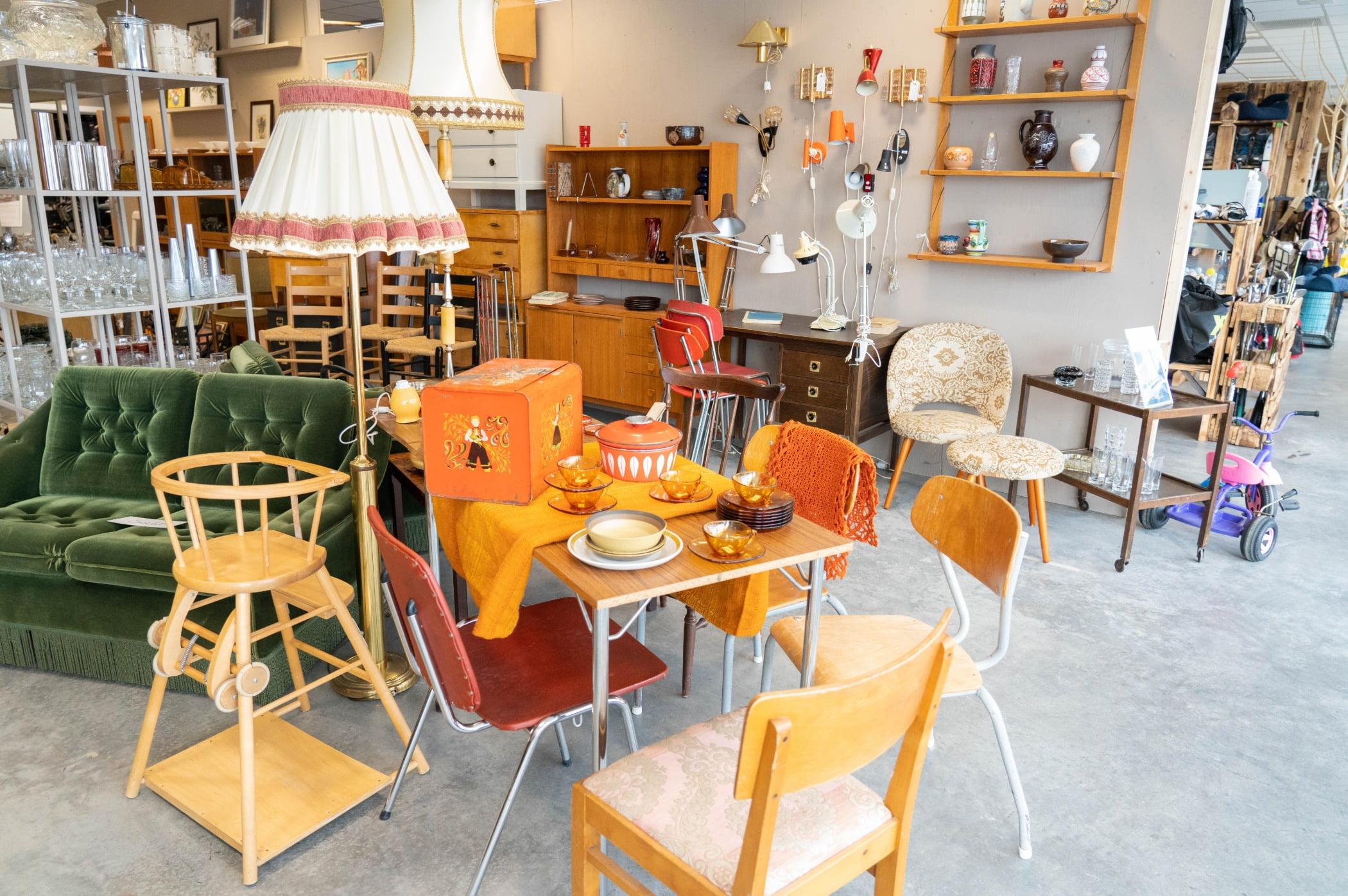 Interior design, Furniture, Table, Chair, Shelf, Bookcase, Orange, Shelving, Floor, Wood