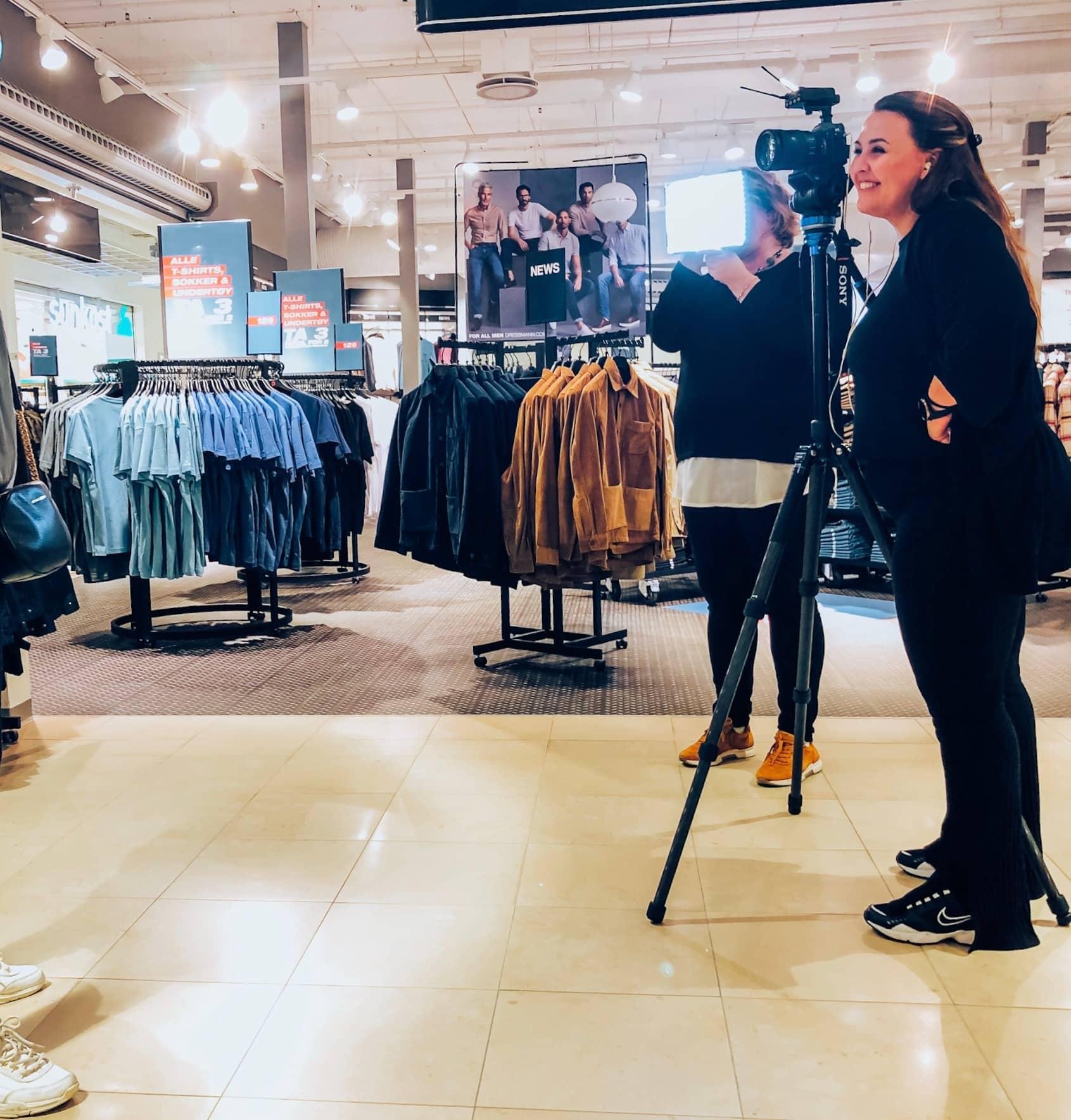 Standing, Snapshot, Fashion
