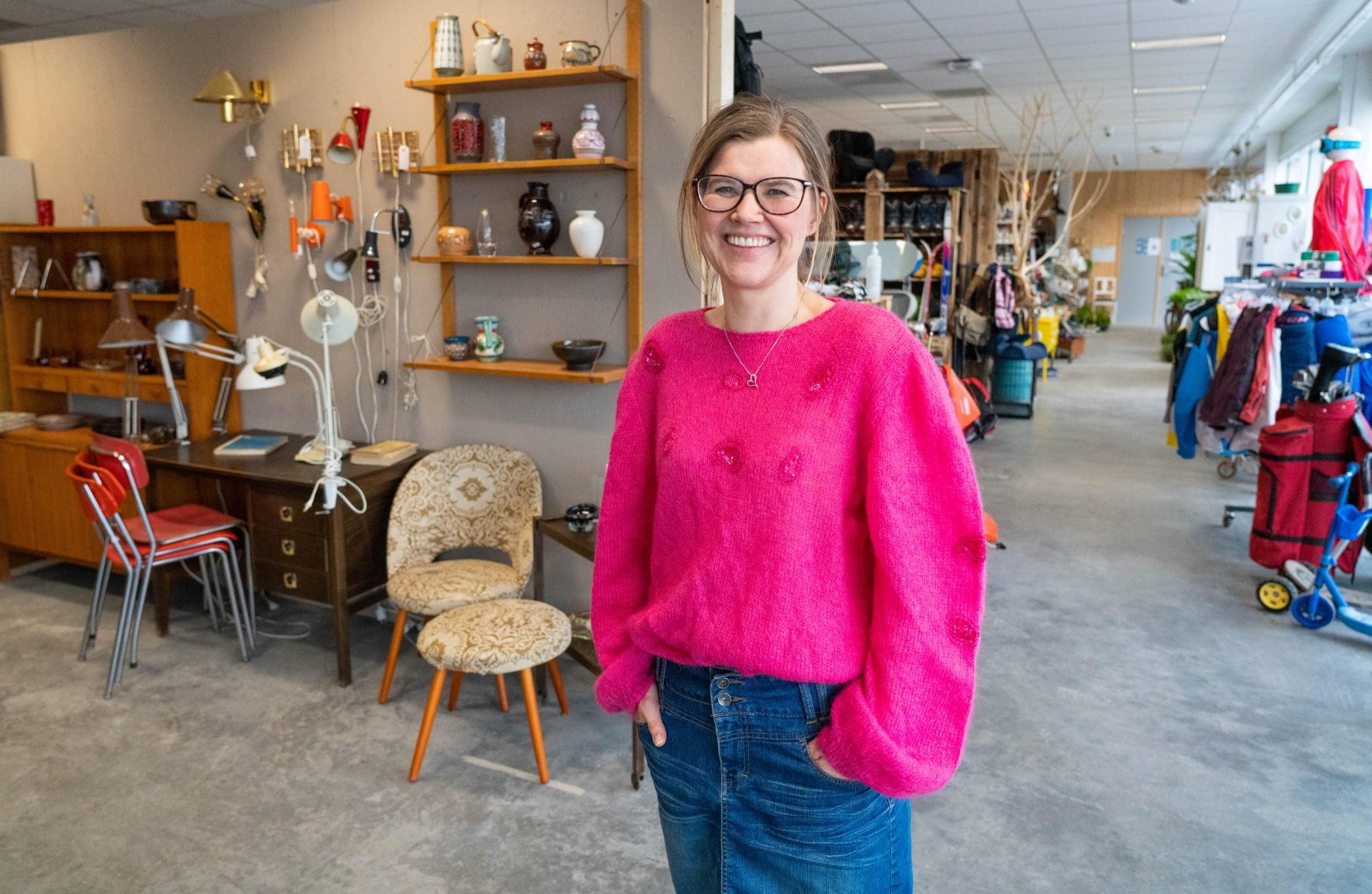 Street fashion, Smile, Standing, Shelf, Eyewear, Customer