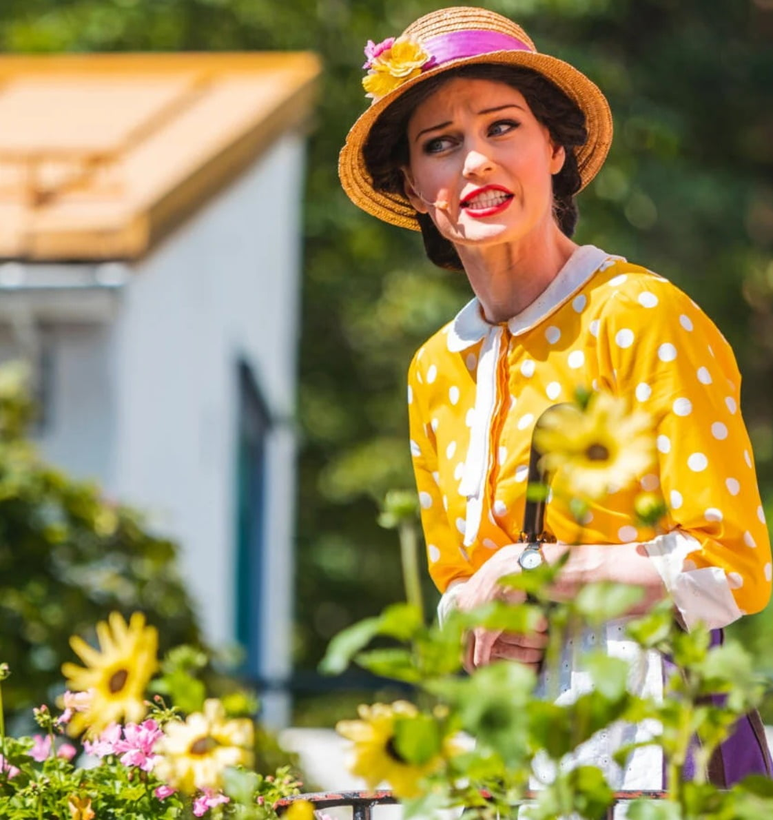 People in nature, Facial expression, Sun hat, Smile, Photograph, Plant, Flower, Orange, Happy