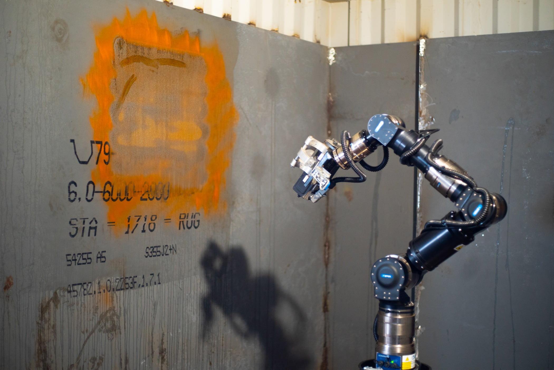 Composite material, Cobalt blue, Plumbing fixture, Gas, Pipe, Orange, Font, Wall