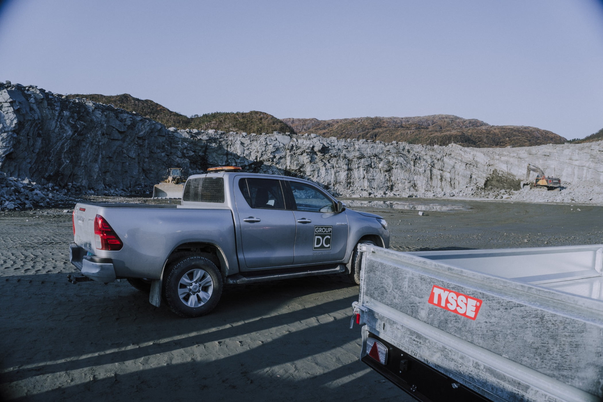 Automotive tail  brake light, Land vehicle, Pickup truck, Landscape