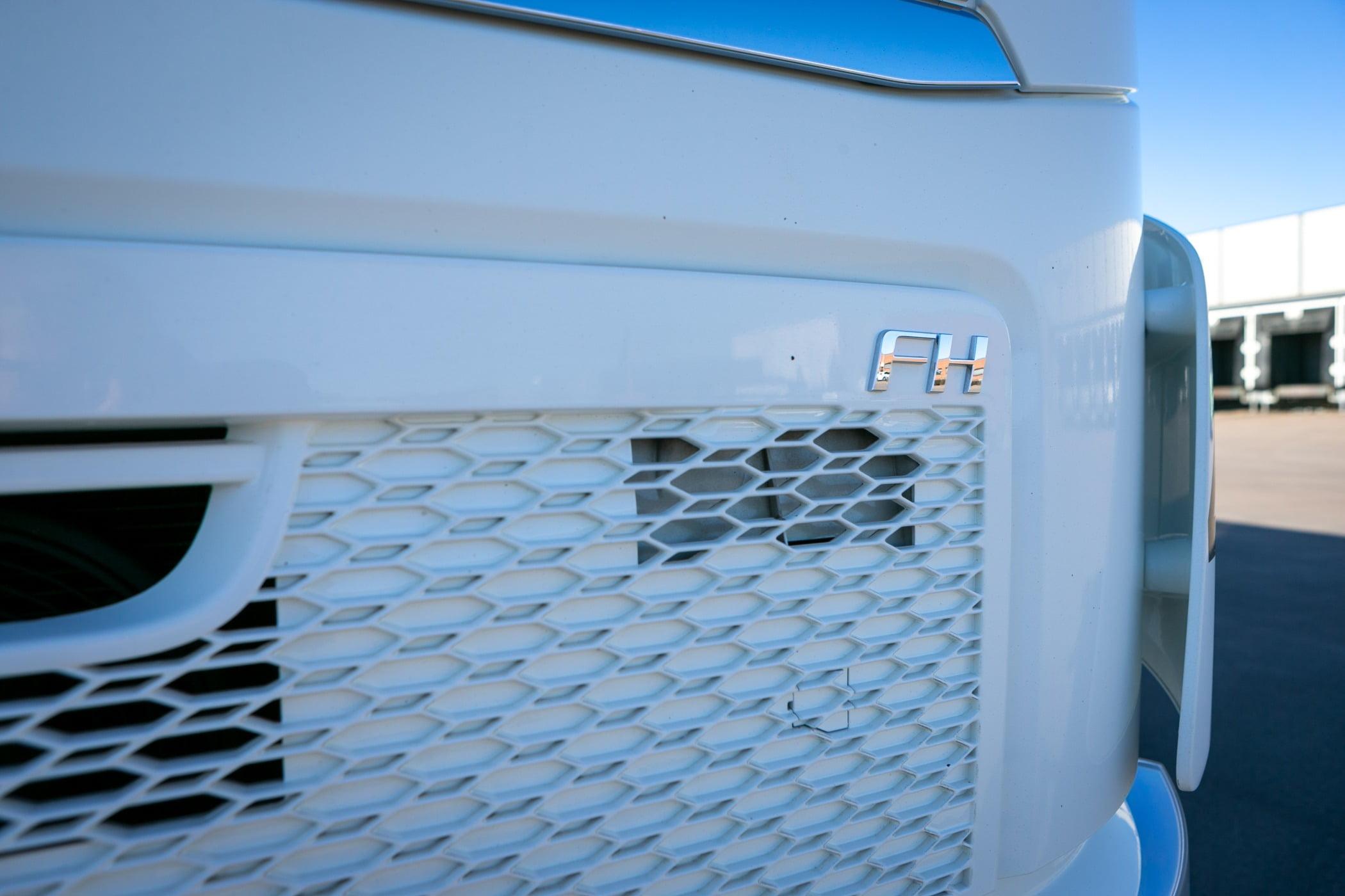 Automotive tail  brake light, Motor vehicle, Grille, Blue, Hood