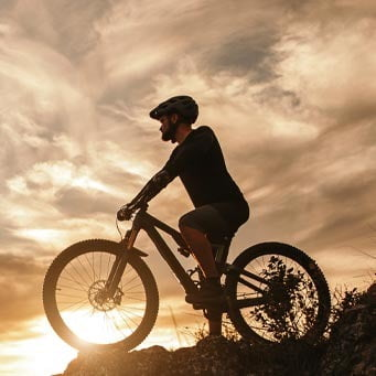Bicycles--Equipment and supplies, Bicycle frame, Wheel, Tire, Cloud, Sky, Crankset