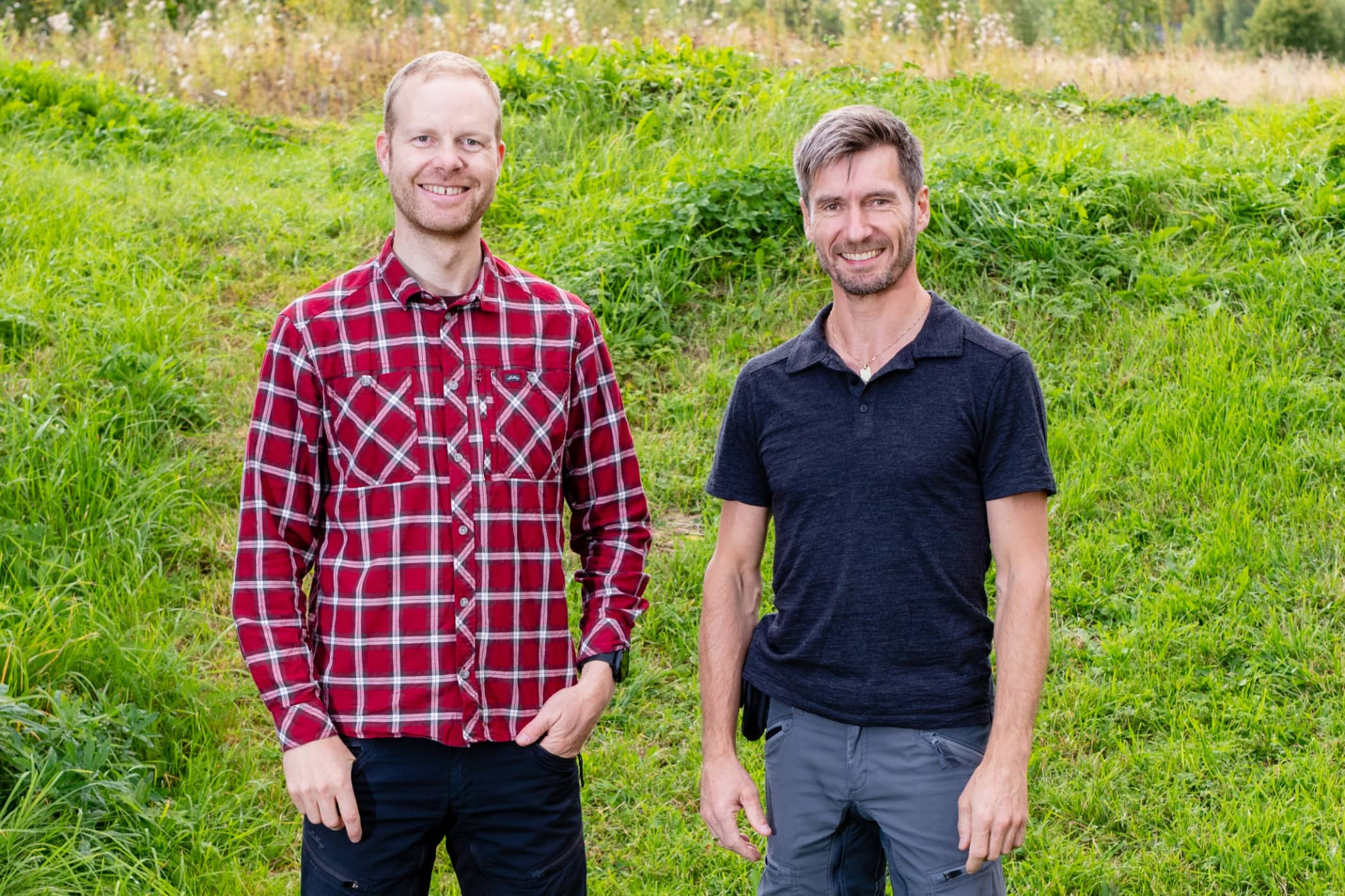 Plaid, Grass, Red, Green, People