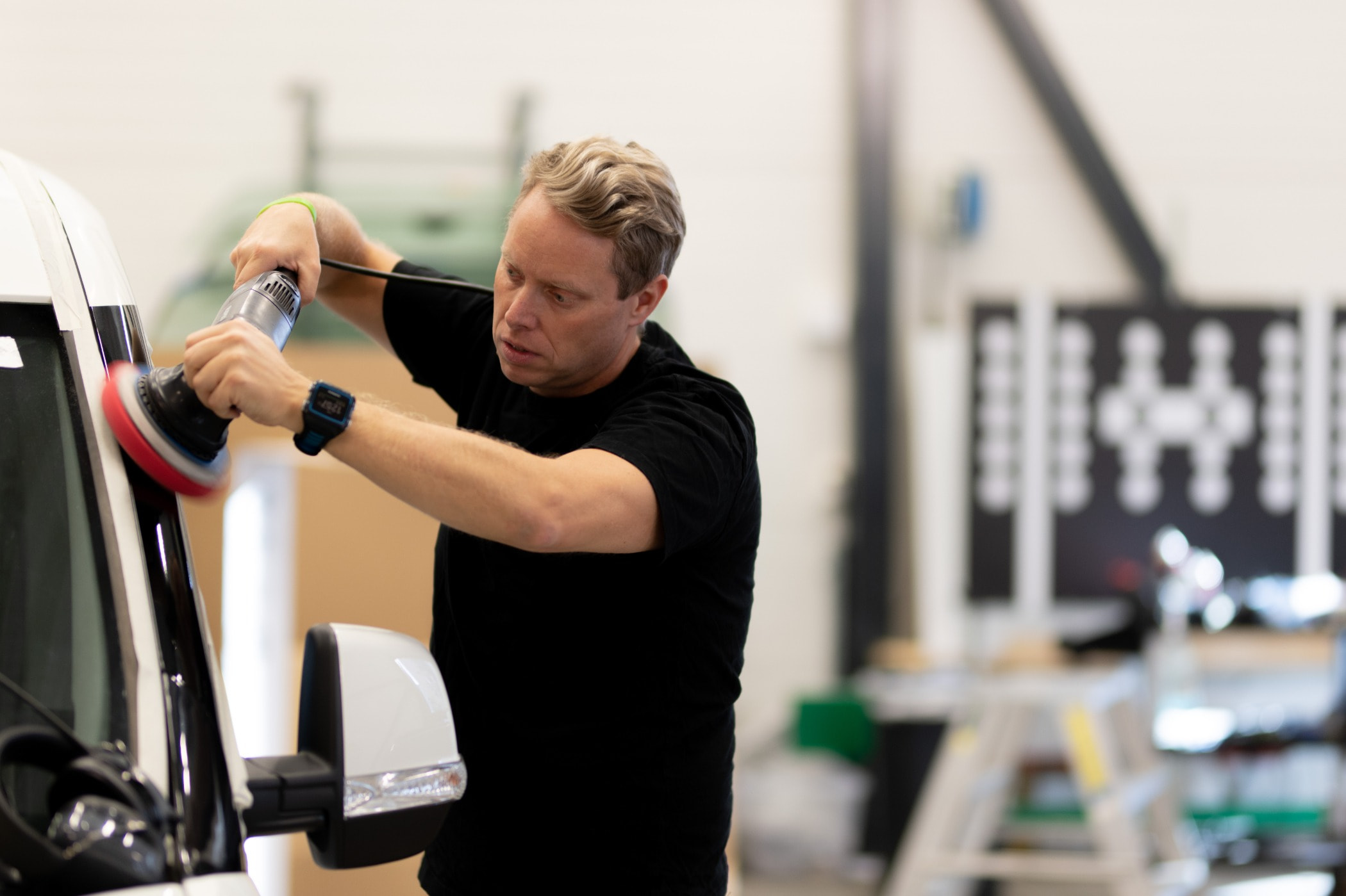 Weight training, Physical fitness, Joint, Arm, Gym, Shoulder