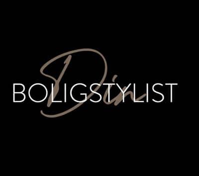 Logo, Black, Text, Font