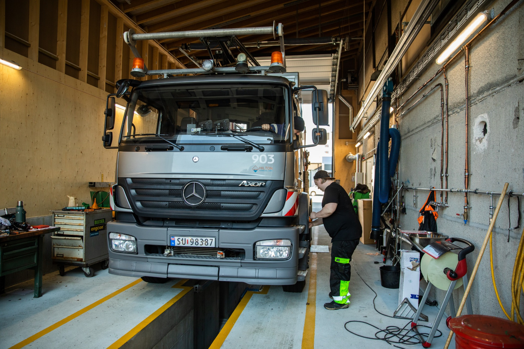 Commercial vehicle, Car, Transport