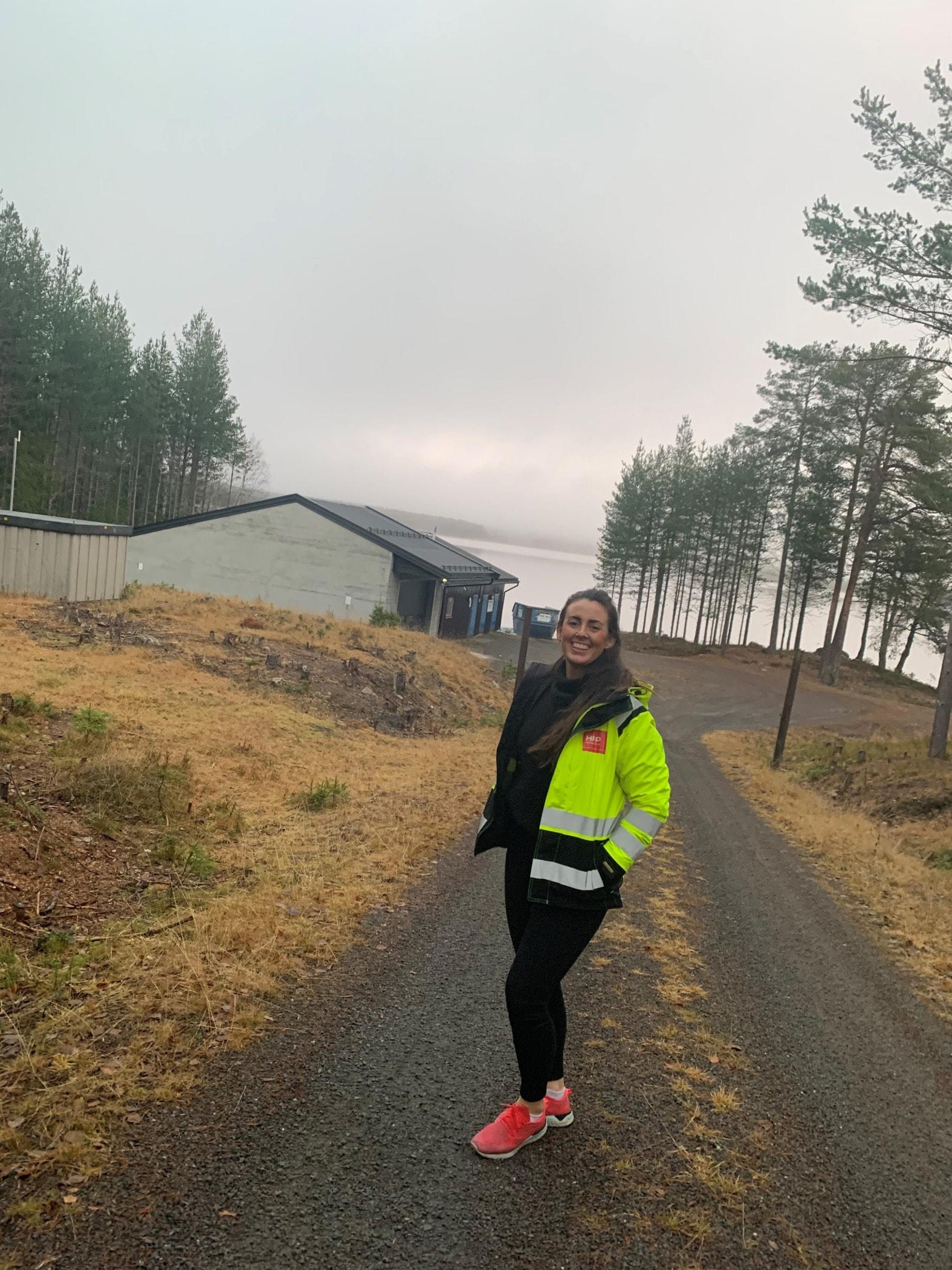 Long-distance running, Outdoor recreation, Atmospheric phenomenon, Morning, Road, Jogging, Sky, Ultramarathon