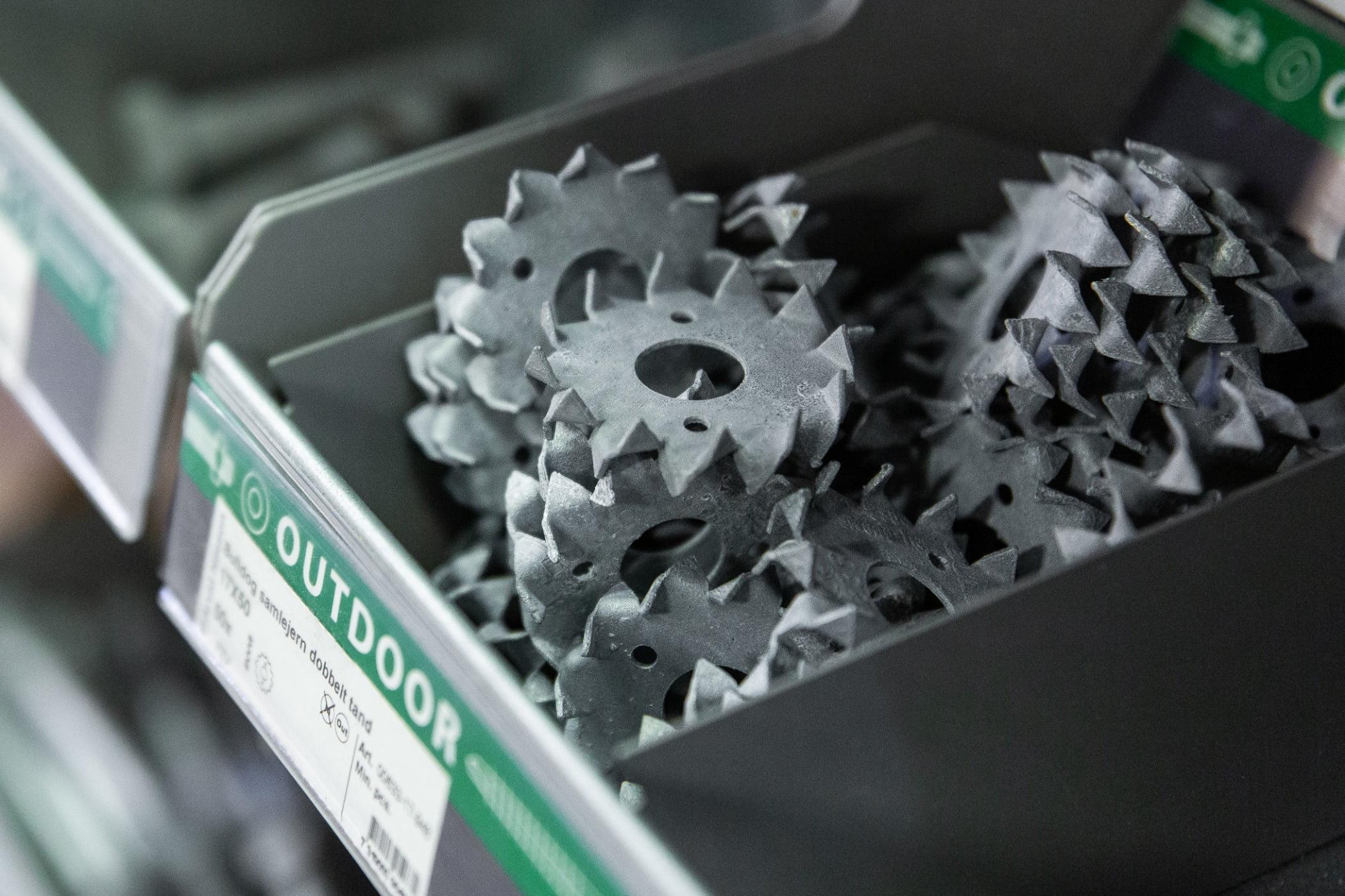 Automotive tire, Bicycle part, Wheel, Plant, Gear, Crankset, Rim