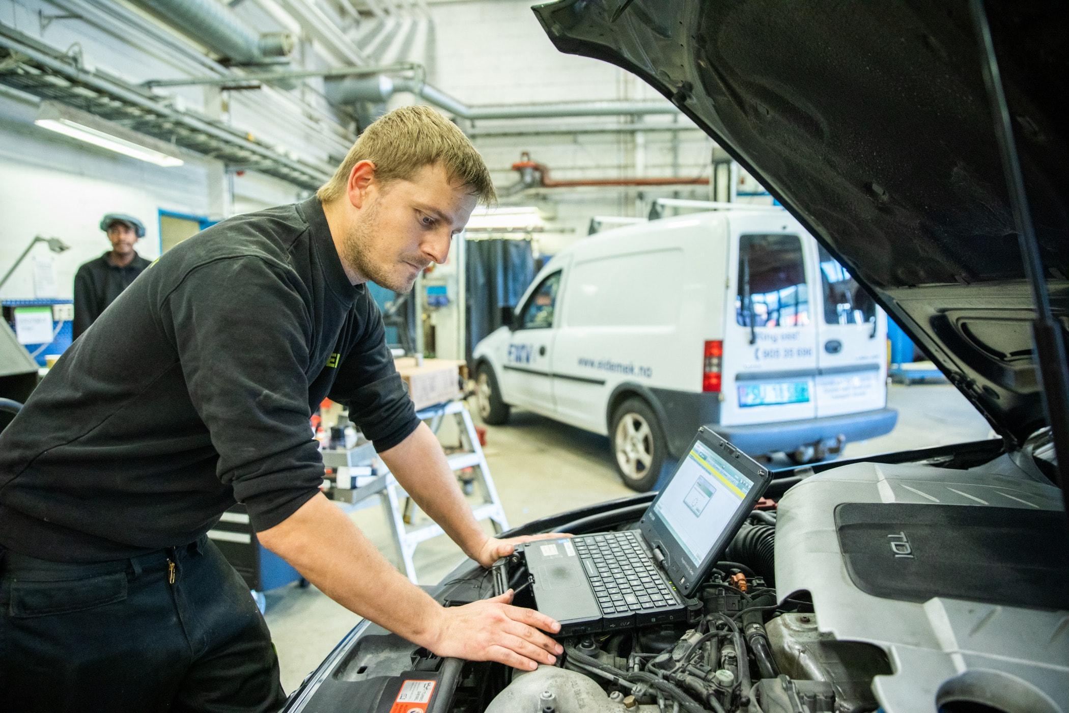 Automobile repair shop, Automotive design, Auto mechanic, Motor vehicle