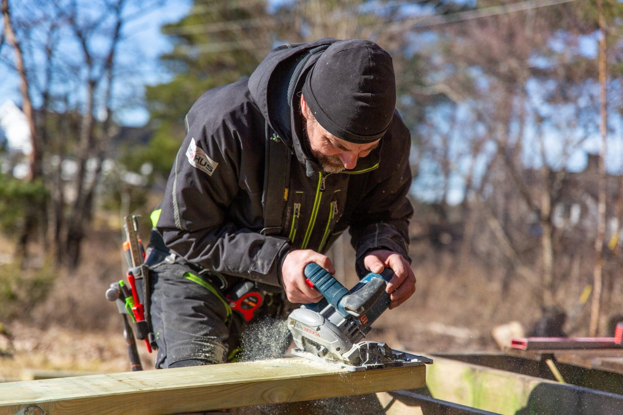 Saw chain, Tradesman, Chainsaw, Tree, Wood, Glove