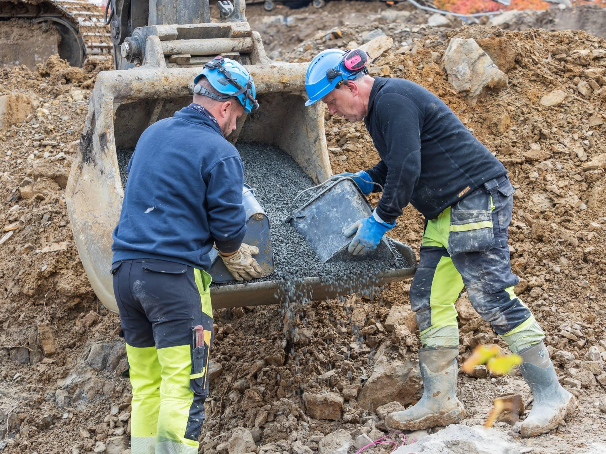 Construction worker, Soil