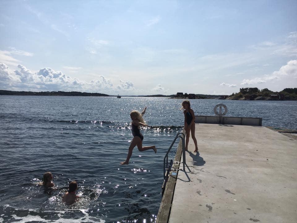 People on beach, Swimming pool, Water, Cloud, Sky, Lake, Shorts, Leisure