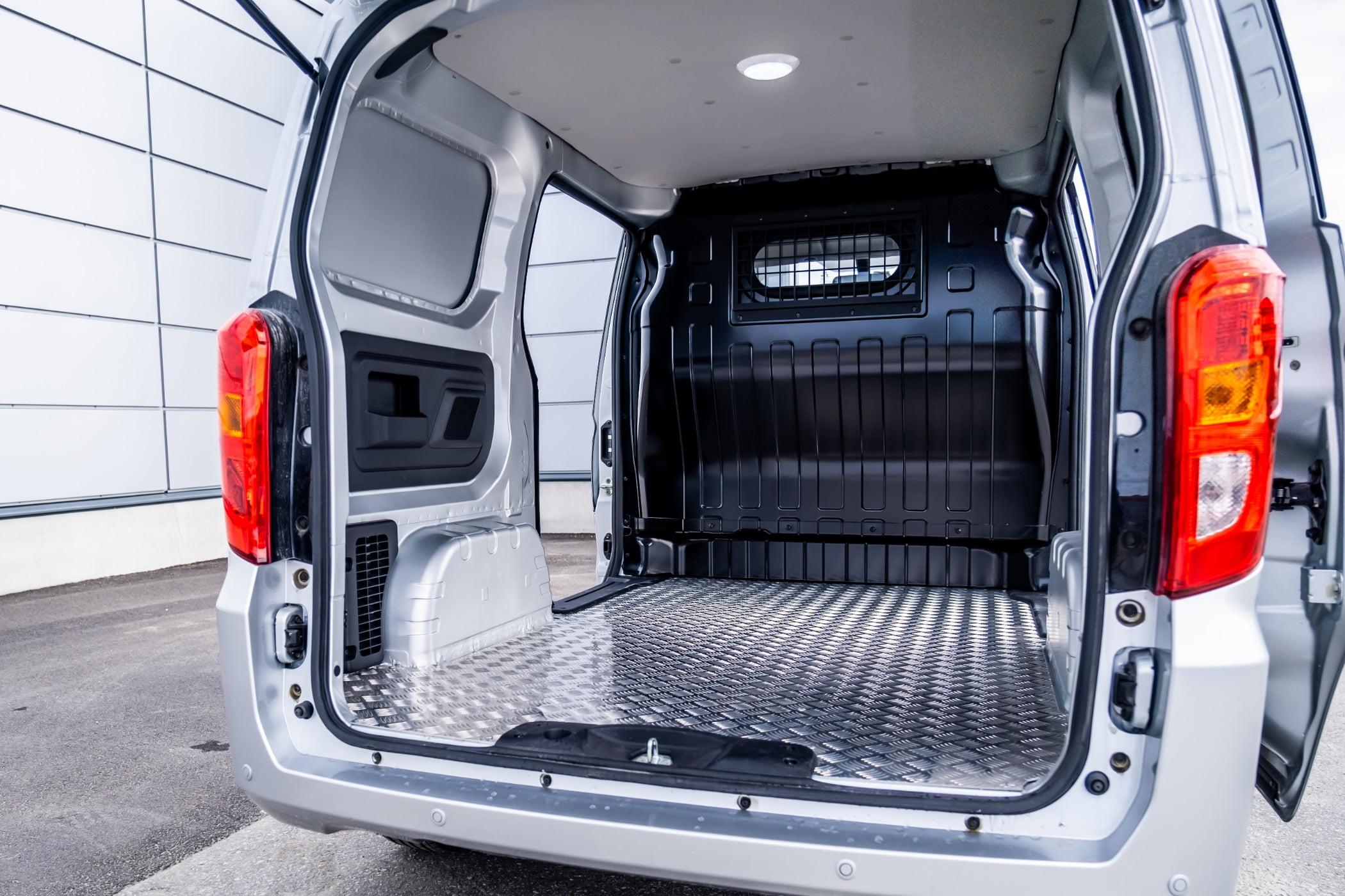 Automotive tail  brake light, Land vehicle, Car, Tire, Van