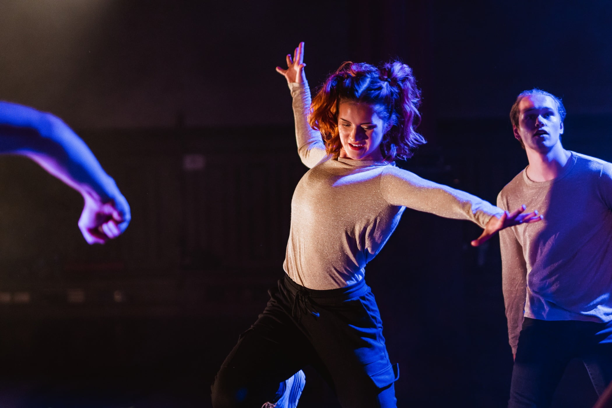 Performance art, Electric blue, Performing arts, Dance, Choreography, Dancer, Artist, Entertainment, Arm